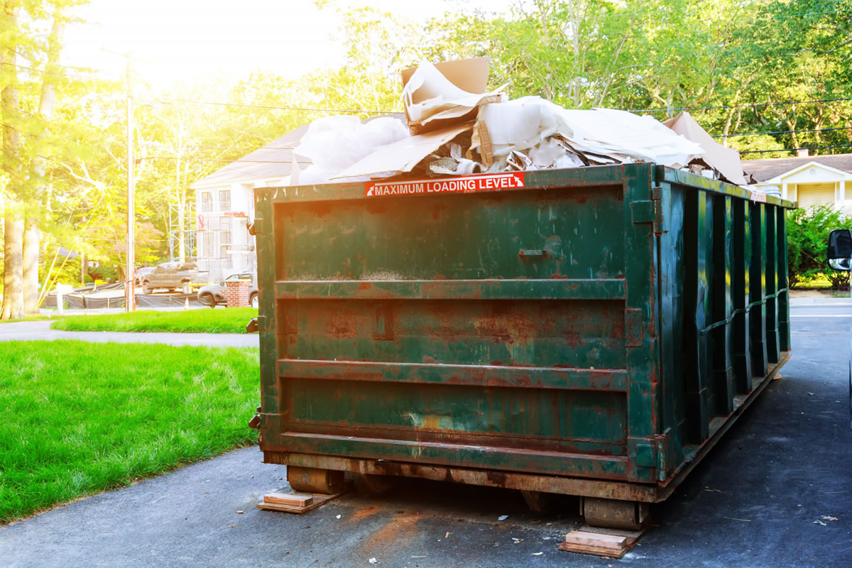 Five Frequently Asked Questions about Our Roll Off Dumpster Rental in Orlando
